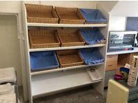 Display shelf with nine bread baskets