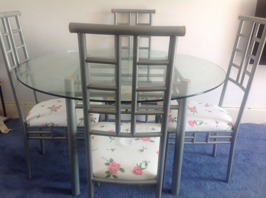 Glass table and four chairs FREE LOCAL DELIVERY