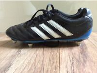Adidas Goletto soft ground football boots - mens size 9 (UK) - black/white its blue trim.
