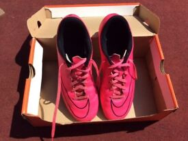 NIKE MERCURIAL FOOTBALL BOOTS SIZE 7 / USED / FIRM GROUND