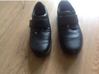 Hotter black wide men's black shoes size 9