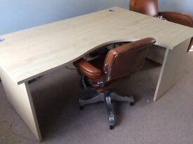 Maple effect Desk & Pedestal