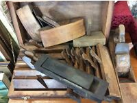 BOX OF VINTAGE WOODEN PLANES - CARPENTRY TOOLS