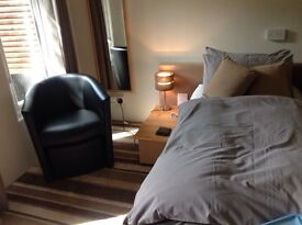 Single bed en-suite room for Monday to Friday occupancy. Serviced accommodation. Wifi.