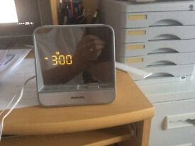 Dock alarm clock radio