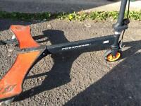Power wing scooter
