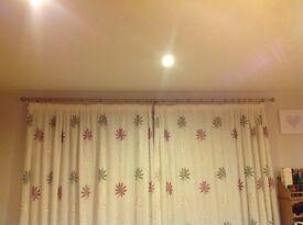 Silver coloured curtain pole 3 metres