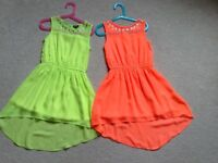 2 STUNNING IDENTICAL 'STAR BY JULIA MACDONALD DIP HEM DRESSES AGE 7
