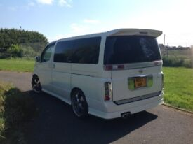 Nissan Elgrand Rider V6 3.5 Automatic leather interior, 11 months MOT, 2003, electric door