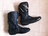 RST razor boots size 10