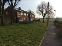 3 Bedroom house next to Bedgrove Park and Schools £1400/m; 3months' deposit and references required