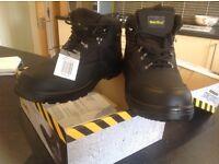 Workwear safety boots size 10