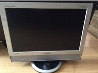 Samsung SyncMaster 940MW Monitor