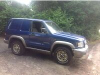 Isuzu trooper 3.0 turbo diesel 2003 93.000miles mot f.s.h drives superb.