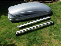 Thule Roof Box and Roof Bars for Kia Sportage