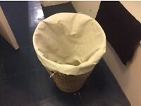 Laundry Hamper / Basket - Wicker (Large)