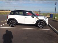 2011 Mini Countryman Cooper D All4 FSH, 44,000, 19 inch JCW Alloys.