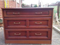 Good clean solid chest of drawers