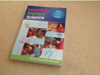 Undergraduate/Education/Teaching: Essential Primary Science by Alan Cross/Adrian Bowden