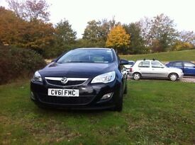 PCO CAR FOR FAST SELLING { Vauxhall Astra 2011}
