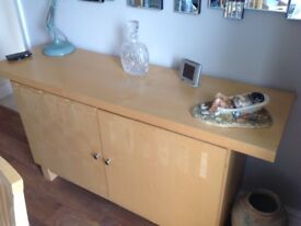 MAPLE VENEER SIDEBOARD - VERY GOOD CONDITION
