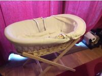 Wicker Moses basket no stand