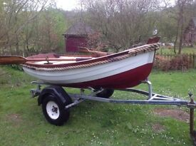 Classic rowing boat dinghy yacht fishing clinker grp