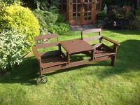 Wheeled Tate ta Tate recliner garden seat