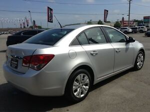 2012 Chevrolet Cruze 1 OWNER OFF LEASE-MANUAL-52MPG Windsor Region Ontario image 5