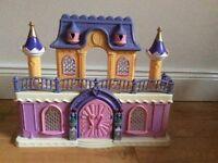 Toy princess /doll castle