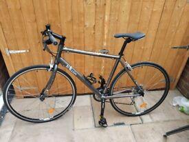 BTWIN (Decathlon) Fitness 2 Lightweight Flat Bar Road Bike Lightweight Size L