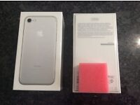 Apple iPhone 7 256GB Mobile Phone - Silver sim free/unlocked (Brand New & Sealed)