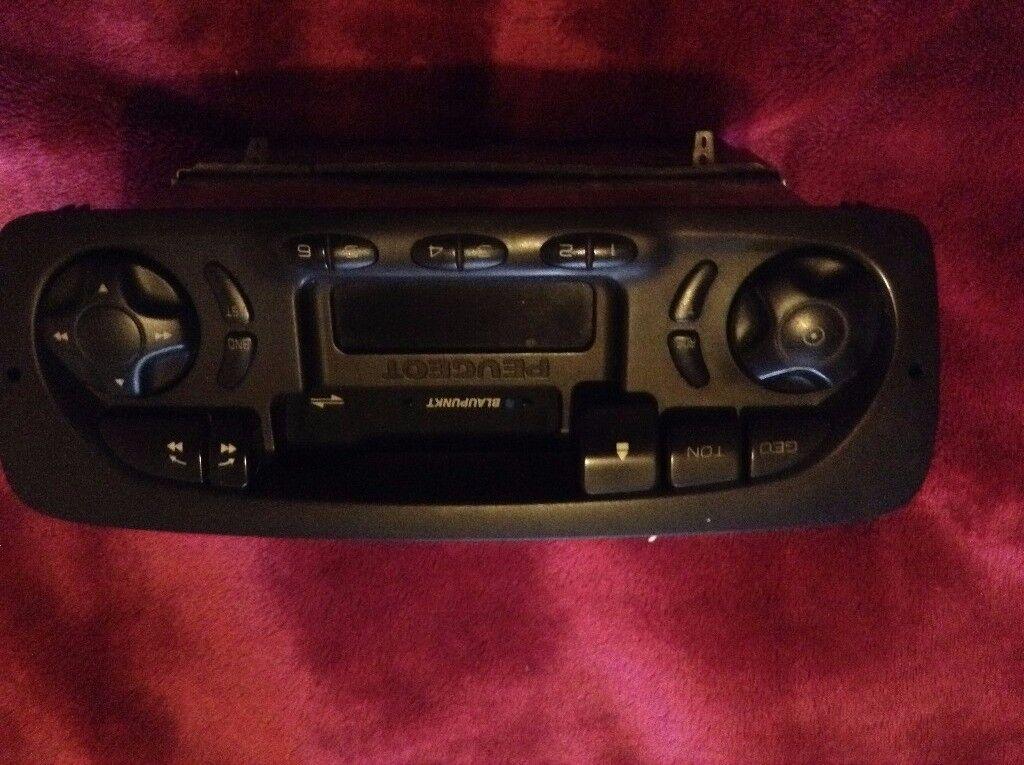 Peugeot 206 tape unit