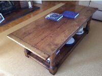 Oak coffee tablep