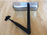 JOB LOT ARRONE DOOR CLOSER POLISHED & SATIN STAINLESS/CROME/BLACK ARM