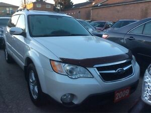 2009 Subaru Outback NO ACCIDENTS Panorama Roof Heated Seats Allo