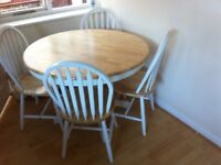 Kentucky 107 cm Round Dining Table + 4 Chairs - Oak-Effect, White/Natural from Very