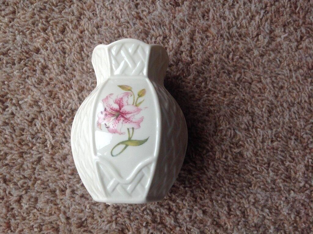 Belleek Country Trellis Violet Vase