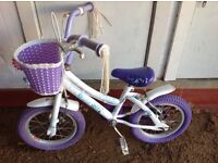 Girls songbird bicycle probably suitable for 4 to 5 year old