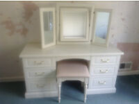 WHITE DRESSING TABLE, MATCHING MIRROR AND STOOL