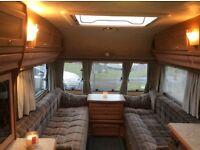Lunar delta 520/2 twin wheel caravan