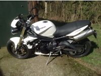 triumph street triple 2012 good condition many extras 11 months mot good tyres