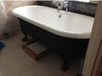 Beautiful freestanding Cast Iron Bath, rolled top, Aston Matthews, very good condition
