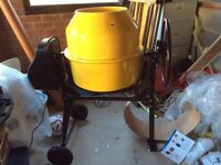 Bentley 240v Electric Cement Mixer. Brand new and assembled ready to go