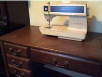 Vintage Singer Futura 2001 Fold Away Electric Sewing Machine and Table