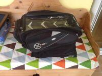 Oxford magnetic tank bag