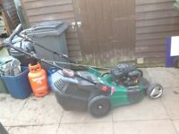 Petrol lawnmower 20in cut