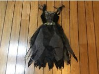 Halloween witch's costume 9-10 years