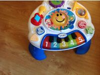 Baby music station