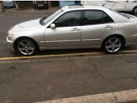 IS 200 se Auto very low mileage, Full service history, new MOT
